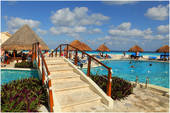 Cancun resort ( creative commons)