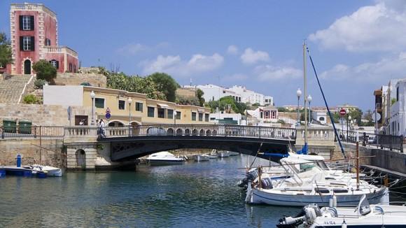 Ciutadella_in_Menorca_by_Ian