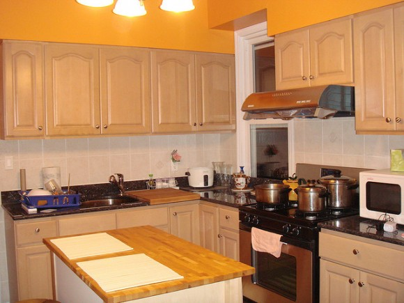 White and Bright Yellow Kitchen (Creative Commons)