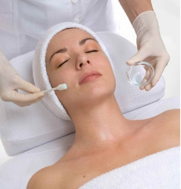chemical-peel-salicylic-acid-glycolic-acid